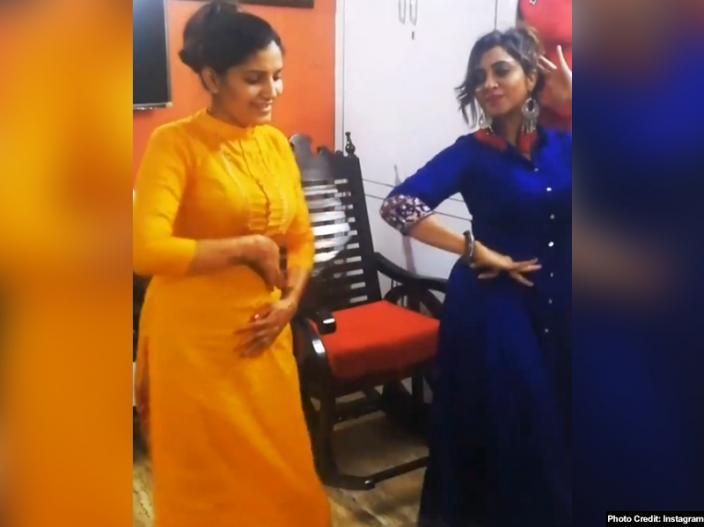 sapna chaudhary and arshi khan |