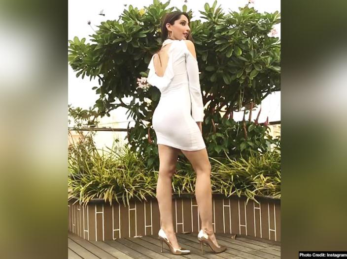 Shanaya Makani hot pics |