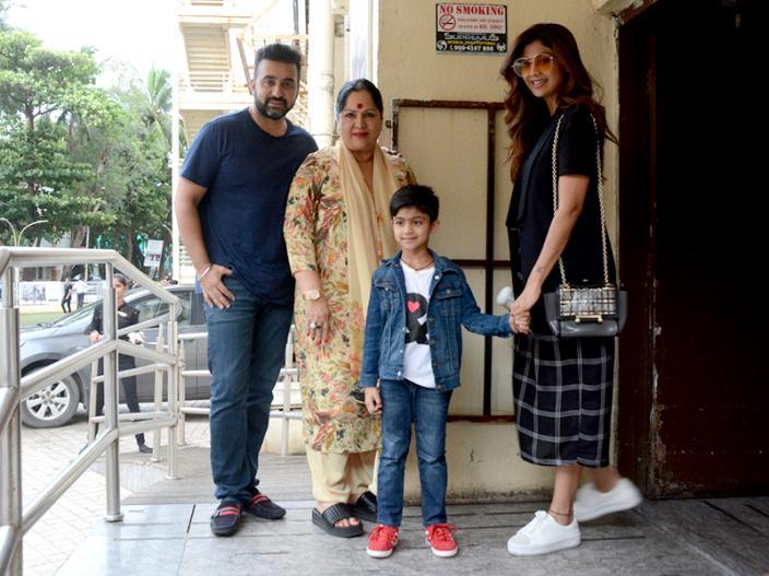Photos: Shilpa Shetty, Raj Kundra, Sunanda Shetty spotted at PVR, Juhu Mumbai |