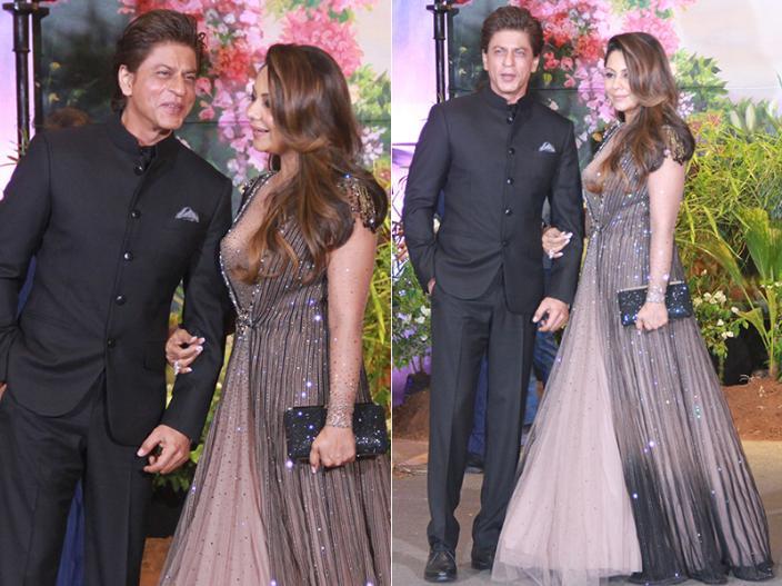 SRK enters with Gauri Khan |