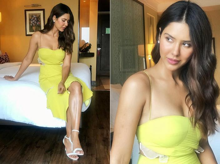 Sonam Bajwa Share Bold Photos on Instagram |
