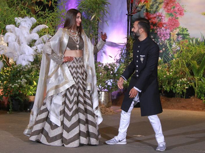 sonam kapoor and anand ahuja wedding reception |