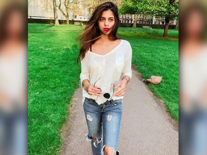 Suhana khan Instagram hot, bold , pics |