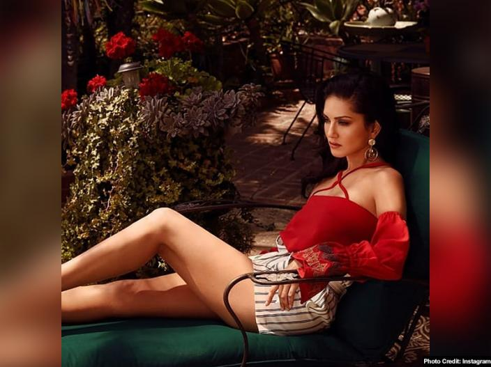 Sunny Leone share her sexy photoshoot in lingerie on Instagram |