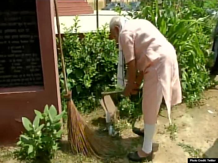 In Photos: PM Modi Launches 'Swachhata Hi Seva Movement', surprise visit to Ambedkar School in Delhi's Paharganj  