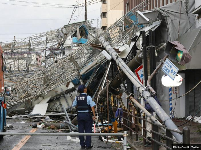 Photos: Typhoon Jebi and Earthquake of Magnitude 6.7 Hits Japan Hokkaido Island |