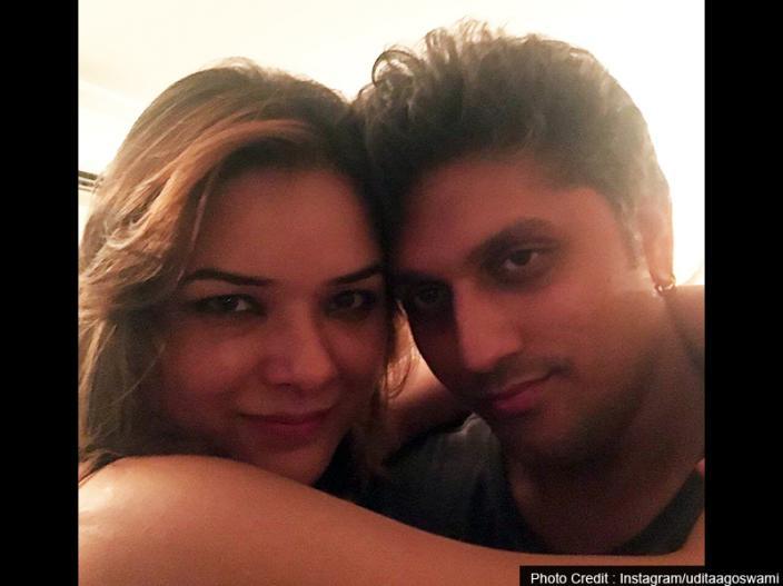 | 2013 में उदिता गोस्वामी ने फिल्म डायरेक्टर मोहित सूरी से शादी कर फिल्मों को अलविदा कह दिया।