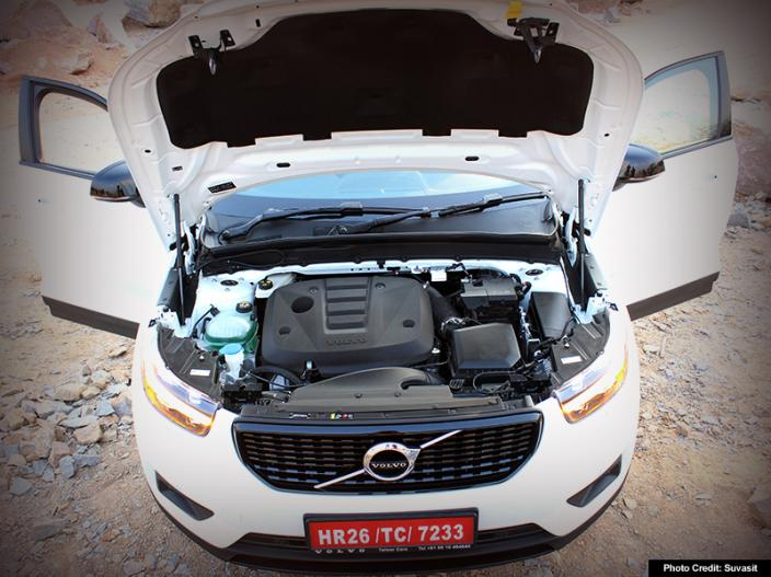 Volvo XC40 Review: Price, Specifications, Looks and Performance See in Pics Photos |